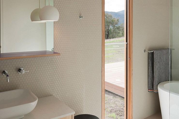Sphere 1/Finnon Glen/A: JCB Architects/F: Sonia Mangiapagne