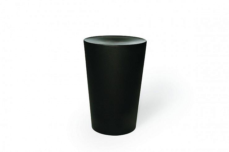 01-strle-svetila-moooi-sedezi-container-stool