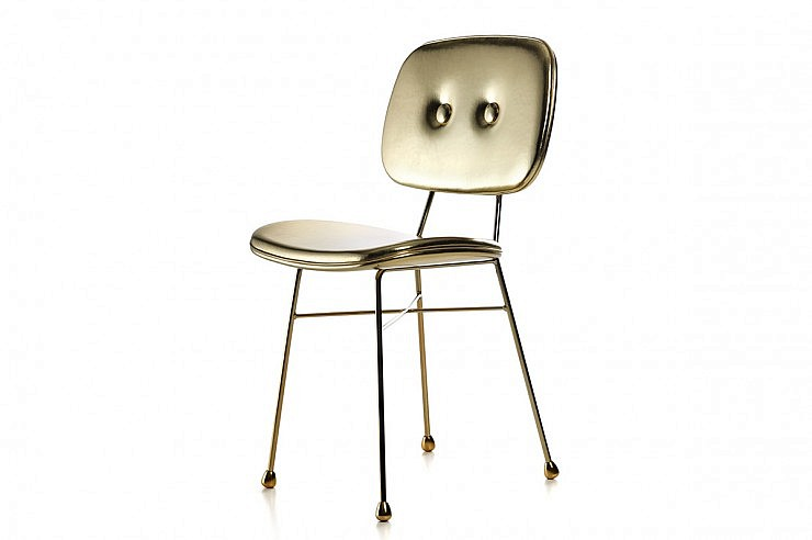 01-strle-svetila-moooi-sedezi-golden-chair