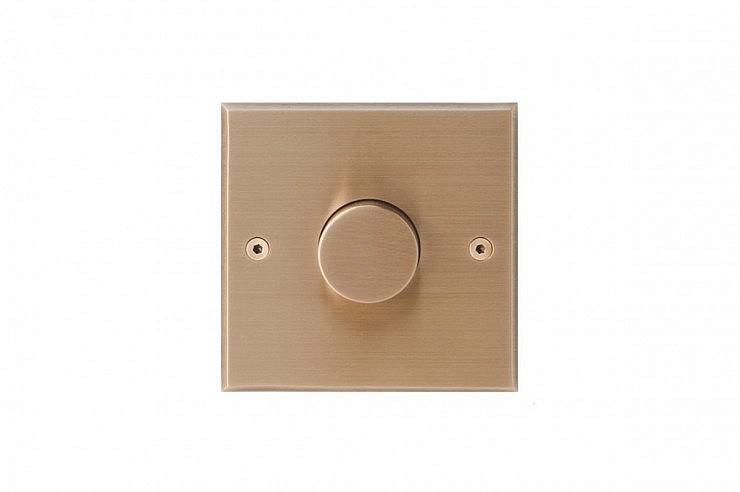 01-strle-svetila-stikala-meljack-variance-socket