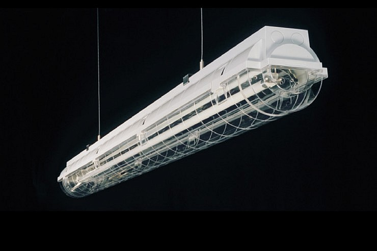 05-strle-svetila-industrijska-es-system-cosmo-4-narrow-beam