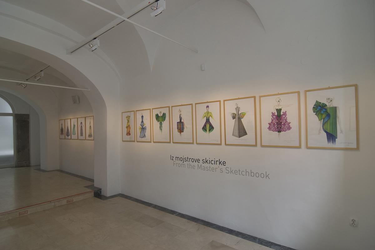 strle-svetila-galerija-vzigalica-2