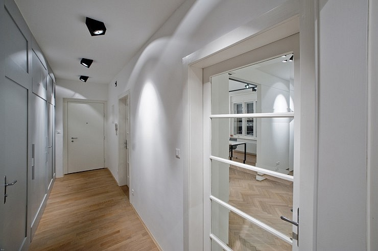 strle-svetila-poslovni-prostori-loft-1